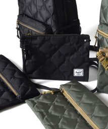 SHIPS JET BLUE/Herschel Supply×SHIPS JET BLUE: エクスクルーシブ QUILTED SACOCHE/500081043