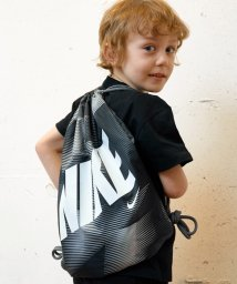 green label relaxing (Kids)/【NIKE(ナイキ)】グラフィックジムサック12L/500140334