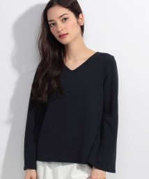 Doux archives /【OP限定価格】パールパーツ付Vネックカットブラウス/500179228