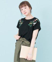 URBAN RESEARCH/【TRILL掲載】配色刺繍Tシャツ/500249268