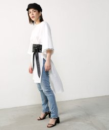 AZUL by moussy/26/‐綿天竺袖刺しゅうチュニックTee/500337428