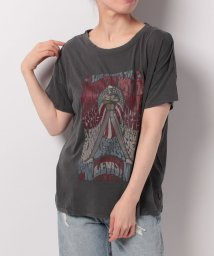 LEVI'S LADY/THE AUTHENTIC TEE ARCHIVE CAVIAR GRAPHIC/500535873