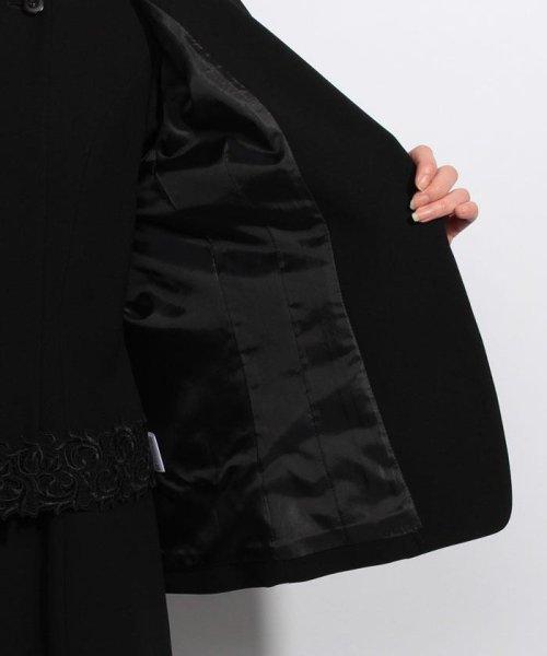 BLACK GALLERY(ブラックギャラリー)/【オールシーズン・ブラックフォーマル・喪服・礼服・葬式・卒業式】テーラードジャケットと前開きレース使いワンピのセットスーツ(アンサンブル)/02P63185_img04