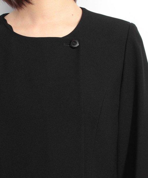BLACK GALLERY(ブラックギャラリー)/【オールシーズン・ブラックフォーマル・喪服・礼服・葬式・卒業式】テーラードジャケットと前開きレース使いワンピのセットスーツ(アンサンブル)/02P63185_img07