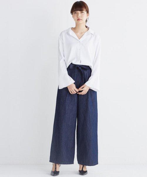 haco!(ハコ)/これ1枚で女っぽさを手に入れる なめらか素材の袖フレアーシャツ/449536_img12