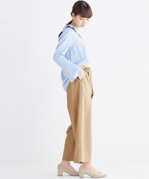 haco!(ハコ)/これ1枚で女っぽさを手に入れる なめらか素材の袖フレアーシャツ/449536_img28