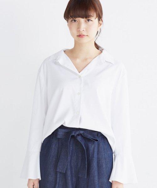 haco!(ハコ)/これ1枚で女っぽさを手に入れる なめらか素材の袖フレアーシャツ/449536_img03