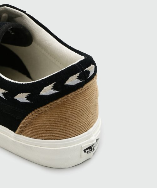 ADAM ET ROPE (アダム エ ロペ) OLD SKOOL(Native Embroidery) 2138b4f05