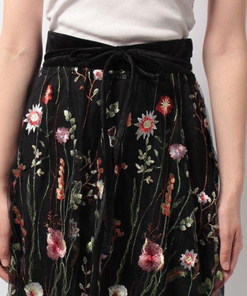 Bou Jeloud(ブージュルード)/カラフルフラワー刺繍チュールスカート/673029_img17