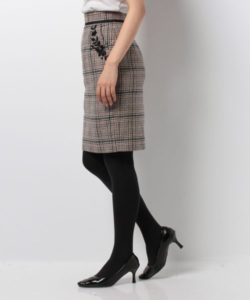 Apuweiser-riche(アプワイザー リッシェ)/【andGIRL 11月号掲載】ポケット刺繍チェックタイトスカート/27432820_img06