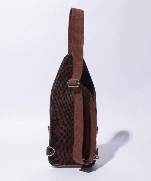 Otias(オティアス)/オティアス Otias / PVC(合成皮革)タテ型ボディバッグ/050001412_img02