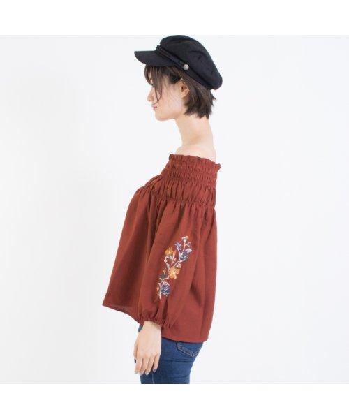 SpRay(スプレイ)/袖刺繍5分袖オフショル/017110139317_img01