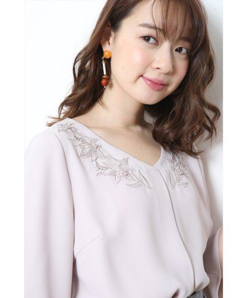 JUSGLITTY(ジャスグリッティー)/衿ぐり刺繍ゆるブラウス/48115400_img13