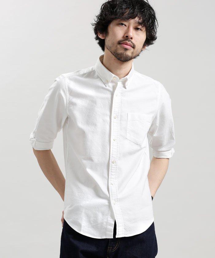 白のオックスフォードシャツが似合わない人はほぼいない 画像