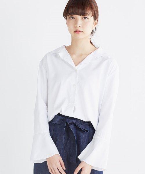 haco!(ハコ)/これ1枚で女っぽさを手に入れる なめらか素材の袖フレアーシャツ/449536_img31