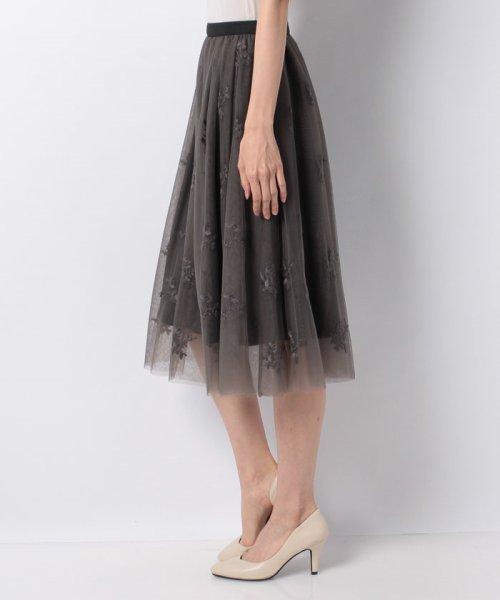 31 Sons de mode(トランテアン ソン ドゥ モード)/チュール刺繍スカート/0038305_img16