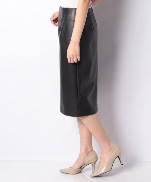 LAPINE BLEUE(ラピーヌ ブルー)/ロイヤルレザータイトスカート/239545_img01