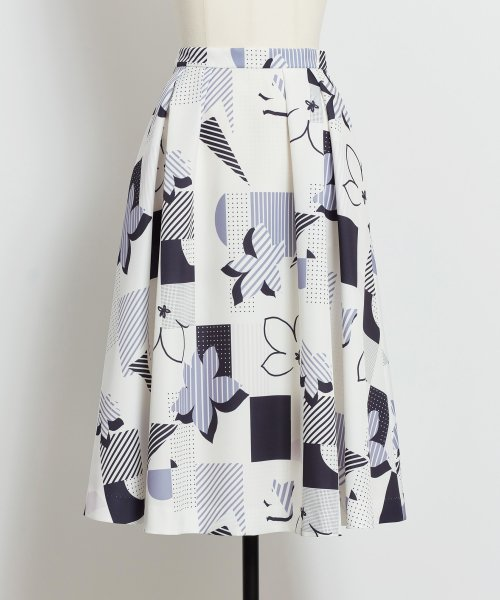 Noela(ノエラ)/オリジナル幾何柄スカート /5922015_img07