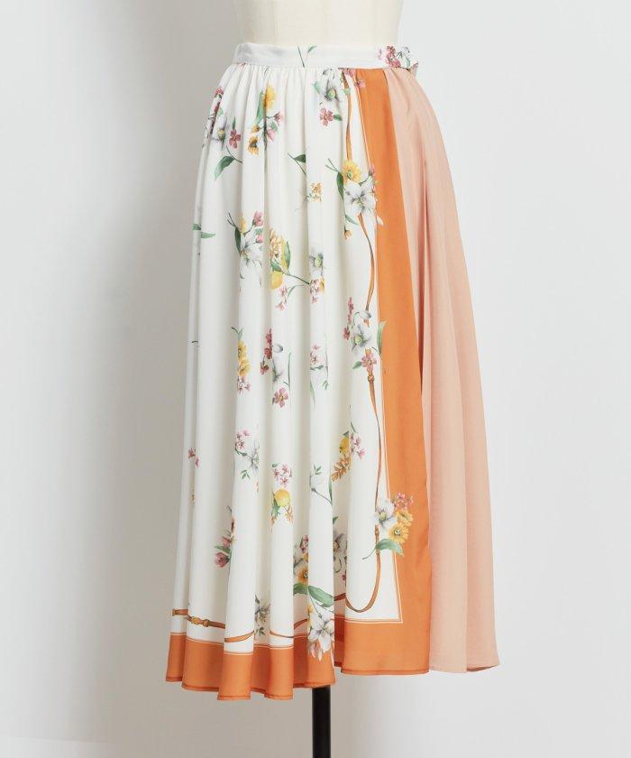 Noela ラワースカーフ柄スカート