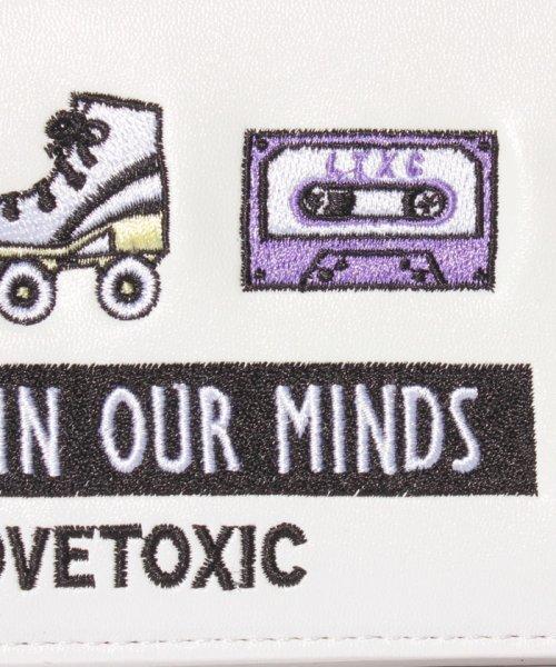 Lovetoxic(ラブトキシック)/イラストラウンド財布ショルダー付/8391419_img05