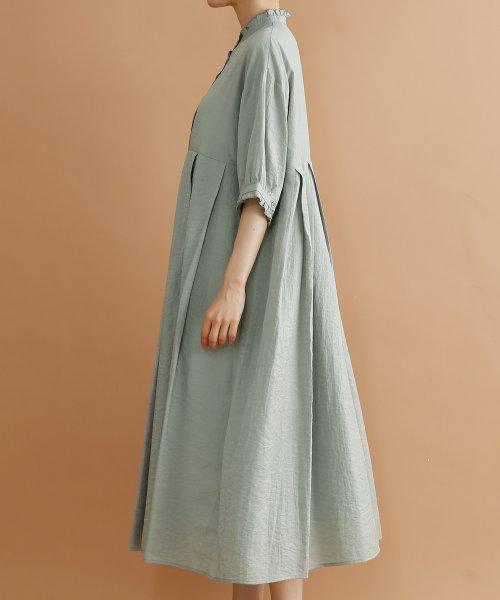 merlot(メルロー)/【plus】レーヨン混バルーンスリーブフリル襟ワンピース/00010012-878210007572_img02