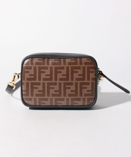 FENDI(フェンディ)/【FENDI】ショルダーバッグ/FENDI CAM MINI CAMERA CASE【MOGANO/BLACK】/8BS019A5K4F14TU_img02