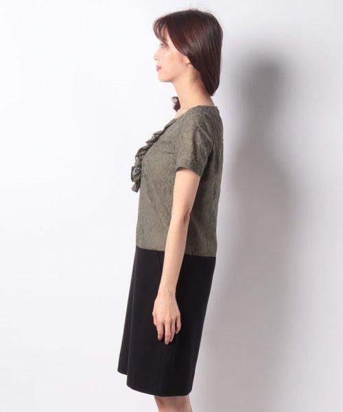 MISS J(ミス ジェイ)/刺繍入りスパンボイル×ポンチドッキング ドレス/631564_img01