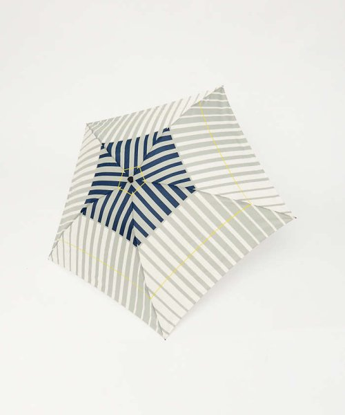 collex(collex)/【KiU×collex 】【晴雨兼用】エアライト折りたたみ傘/60380143002_img01