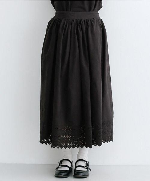 merlot(メルロー)/パネル刺繍フレアスカート/00010012-869132581792_img01