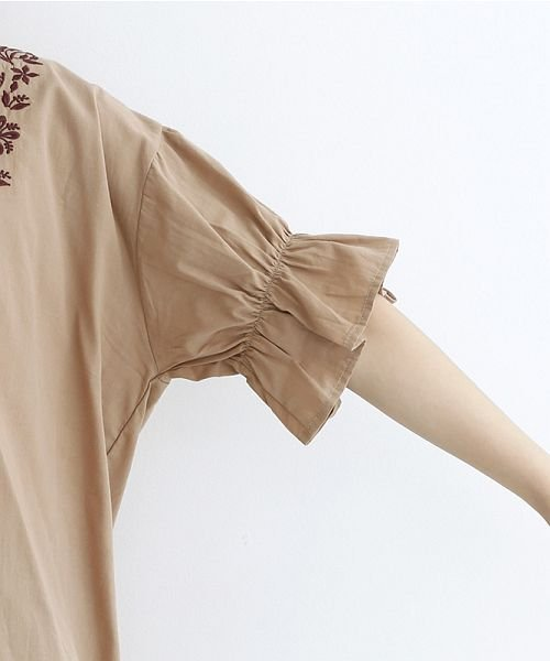 merlot(メルロー)/「稲穂の実り」刺繍ギャザースリーブブラウス/00010012-879230018489_img05