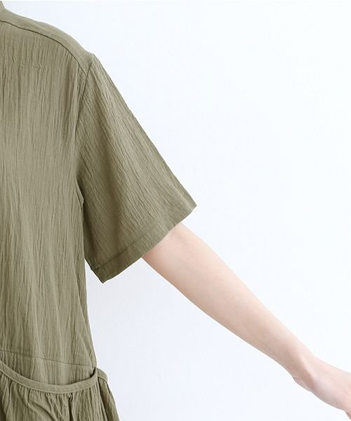 merlot(メルロー)/【IKYU】バックベンツギャザーポケットシャツ/00010012-939230143100_img05