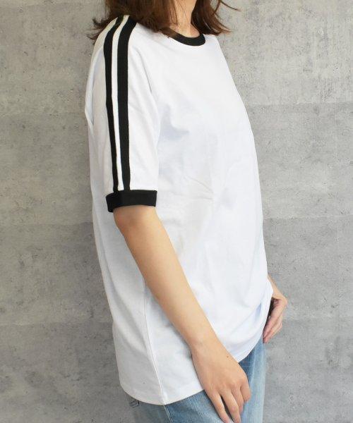 felt maglietta(フェルトマリエッタ)/大人気のラインBIGシルエットTシャツ◎胸部分の刺繍がポイント♪ライン刺繍Tシャツ/トップス/Tシャツ/ライン/韓国ファッション/BIGシルエット/オーバーサイ/am229_img04
