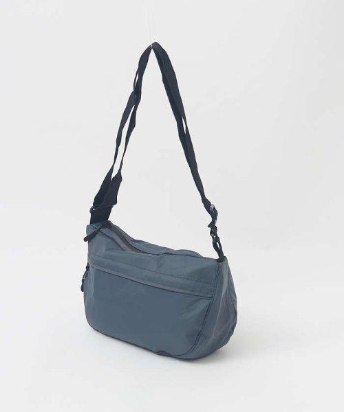 collex(collex)/【Kiu×collex】収納袋ケース付き パッカブショルダー/60370132006_img02