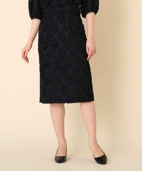 Couture Brooch(クチュールブローチ)/【WEB限定サイズ(LL)あり/手洗い可】カットジャガードミモレ丈スカート/20190250877006_img01