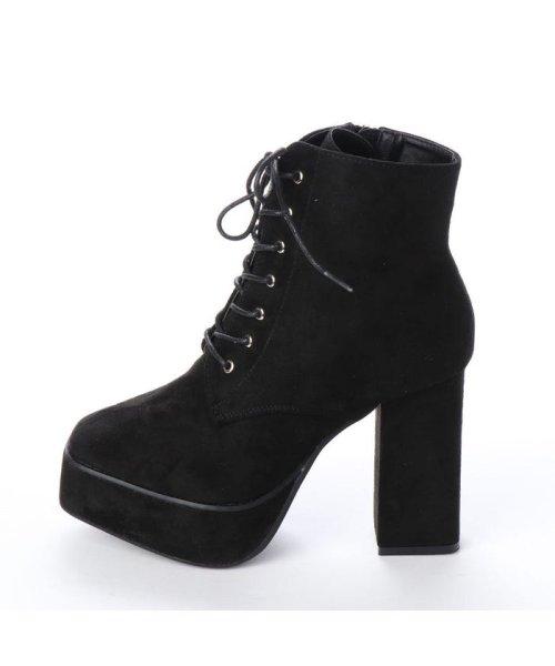 Mafmof(マフモフ)/マフモフ Mafmof Mafmof(マフモフ) BLACKスクエアトゥのショートブーツ (ブラック・スエード)/M05299BW02530_img01