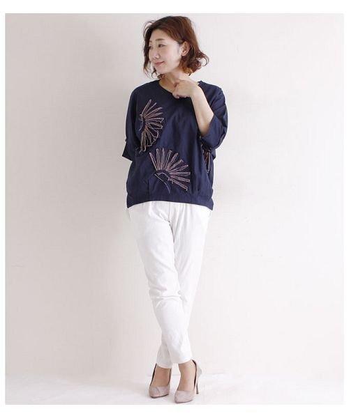 Sawa a la mode(サワアラモード)/立体的な花刺繍のドルマンスリーブトップス/mode-4927_img02