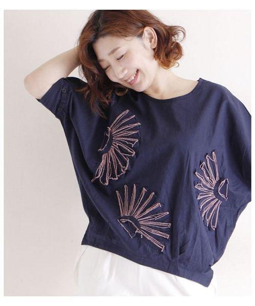 Sawa a la mode(サワアラモード)/立体的な花刺繍のドルマンスリーブトップス/mode-4927_img05