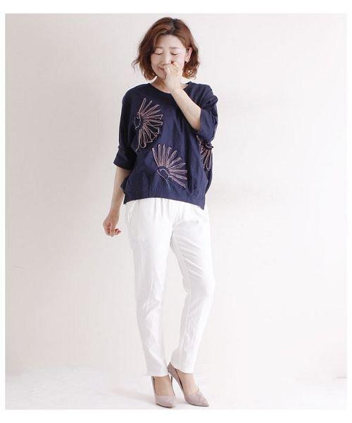 Sawa a la mode(サワアラモード)/立体的な花刺繍のドルマンスリーブトップス/mode-4927_img15