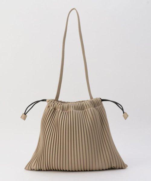 fredy emue(フレディエミュ)/フェイクレザープリーツ巾着バッグ/0-0121-1-32-101_img03