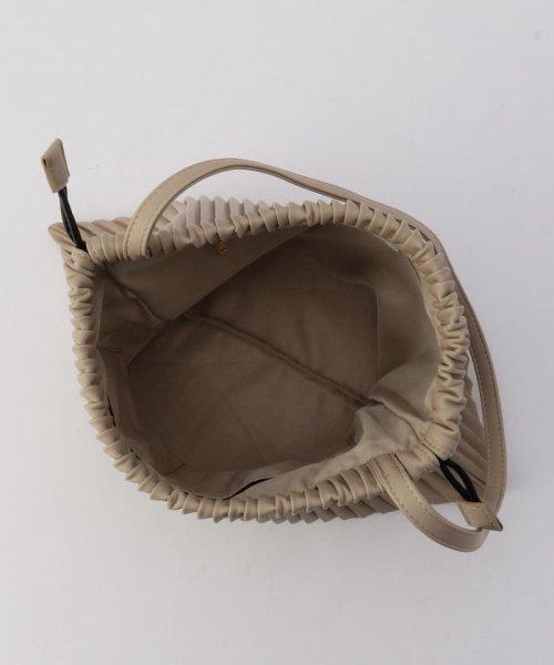 fredy emue(フレディエミュ)/フェイクレザープリーツ巾着バッグ/0-0121-1-32-101_img08