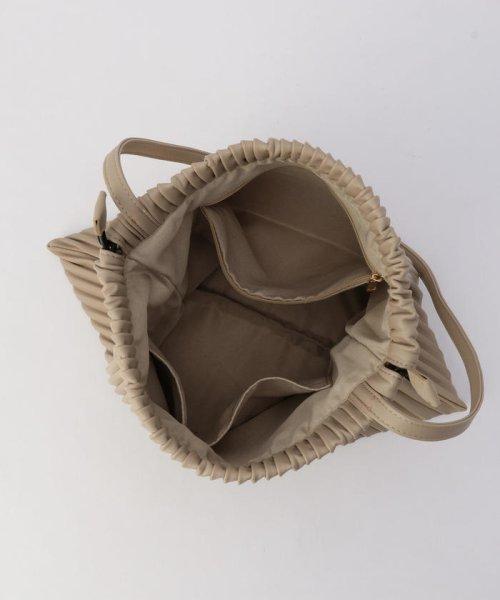 fredy emue(フレディエミュ)/フェイクレザープリーツ巾着バッグ/0-0121-1-32-101_img09