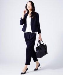 NIJYUSANKU/【洗えるスーツ】トリアセダブルジョーゼット タックパンツ/500115361
