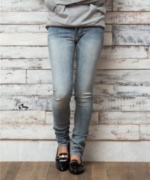 LEVI'S LADY/LMC WILLOW SLIM LMC LIGHT STONE/500388721