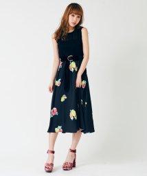 titty&Co./【ViVi9月号掲載】水彩ローズスカート/500419981