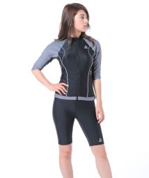 VacaSta Swimwear/【REEBOK】無地半袖フルジップ水着/500477737
