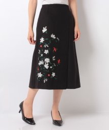 Avan Lily/アシンメトリーフラワー刺繍SK/500623619