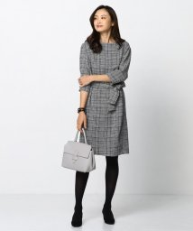 NIJYUSANKU/【一部店舗限定】ダブルクロスプリント ワンピース/500645630