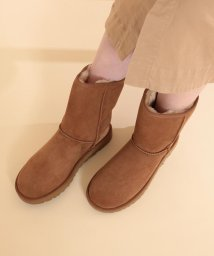 Ray BEAMS/UGG / Classic Short 2/500741634
