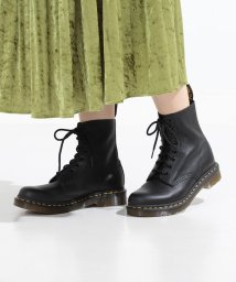Ray BEAMS/Dr.Martens / PASCAL 8ホール ブーツ/500742754