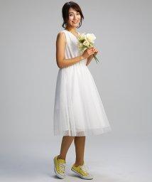 form forma/【結婚式・ウェディングドレス】kaene/Vネックチュールドットウェディングドレス/500832063